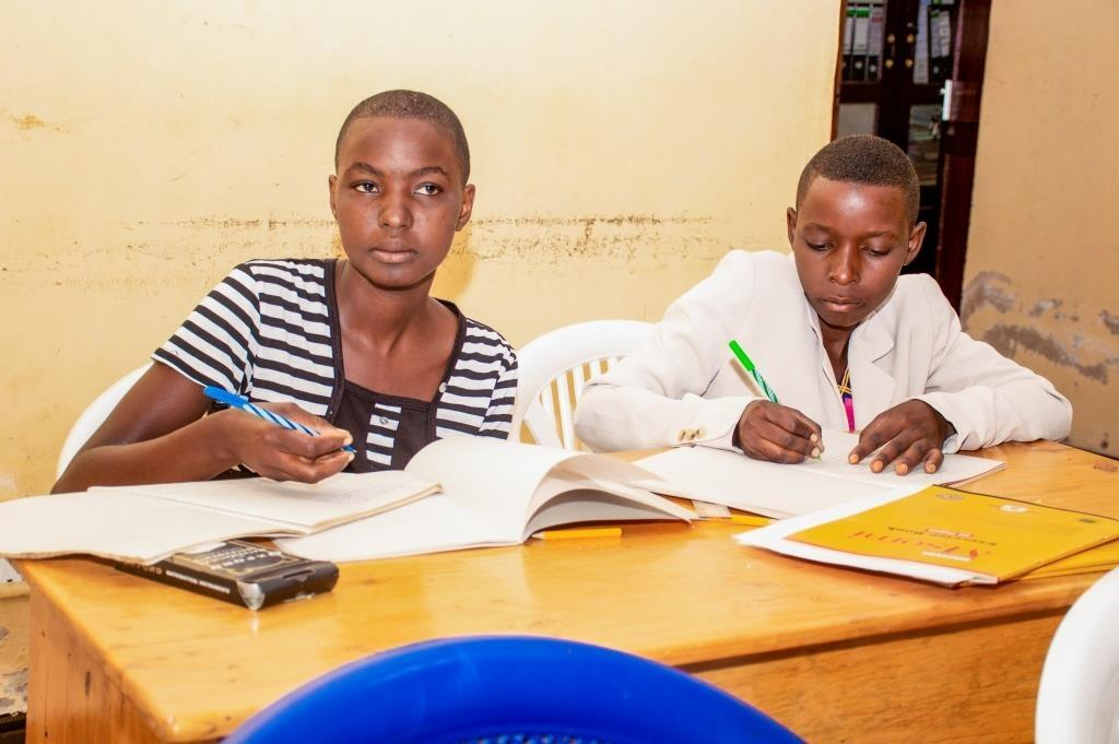 A second chance for teenage mothers in Tanzania