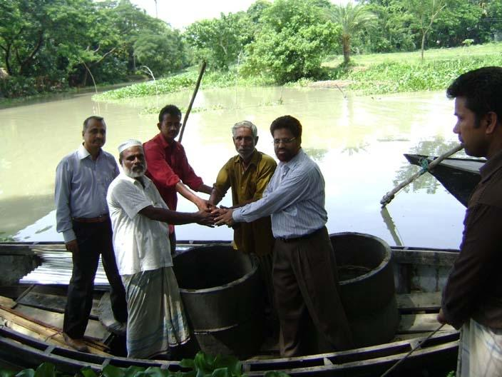 Build 100 toilets for poor Villagers in Bangladesh