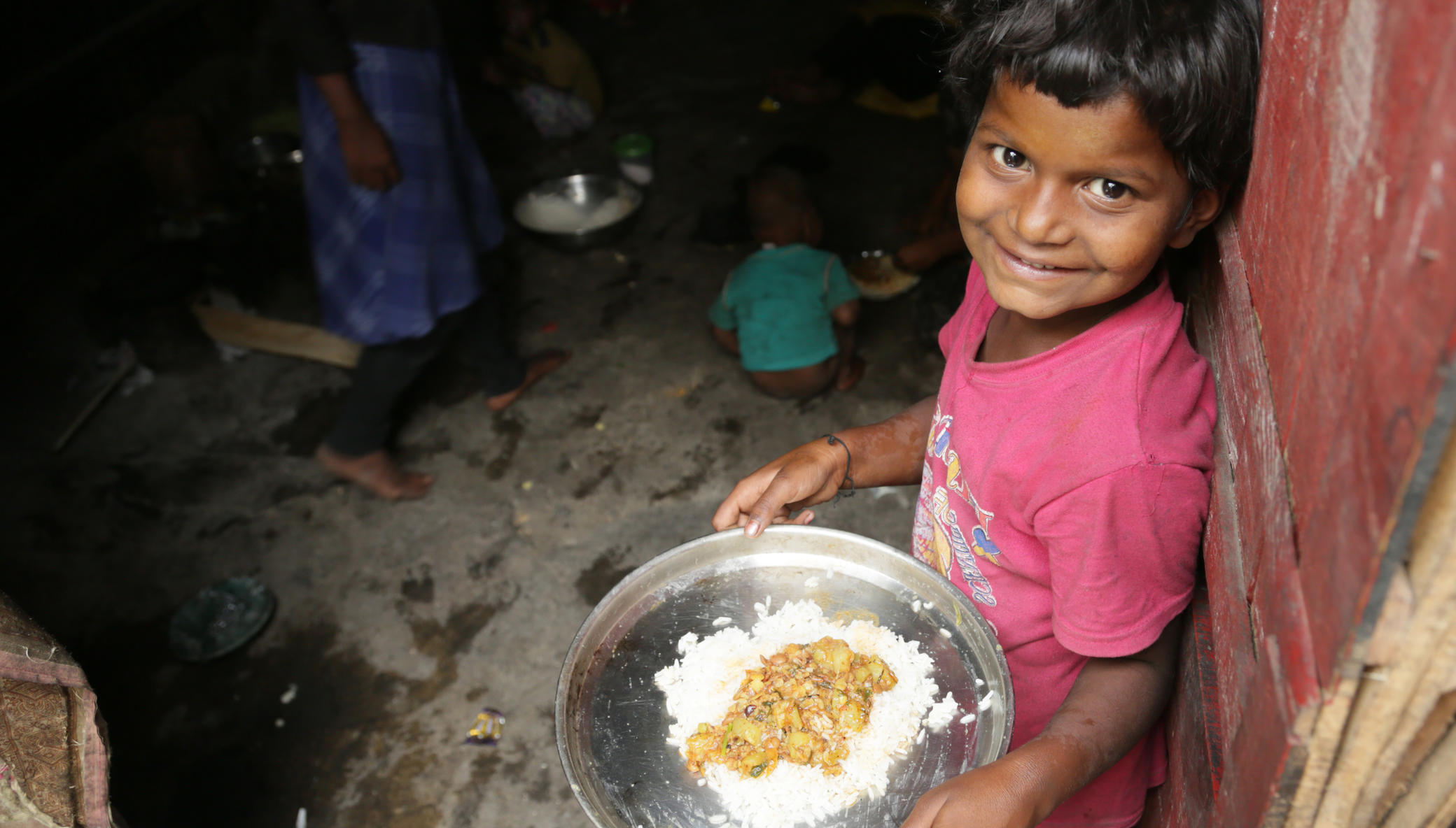Covid-19: Food for street children in Mumbai
