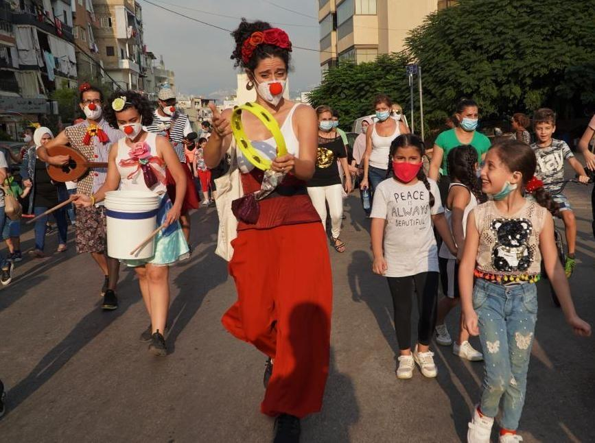 Relief through art and laughter in Lebanon
