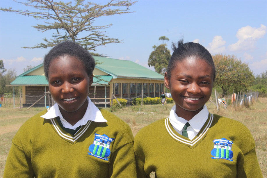 Rhino Scholarships: Education is Conservation