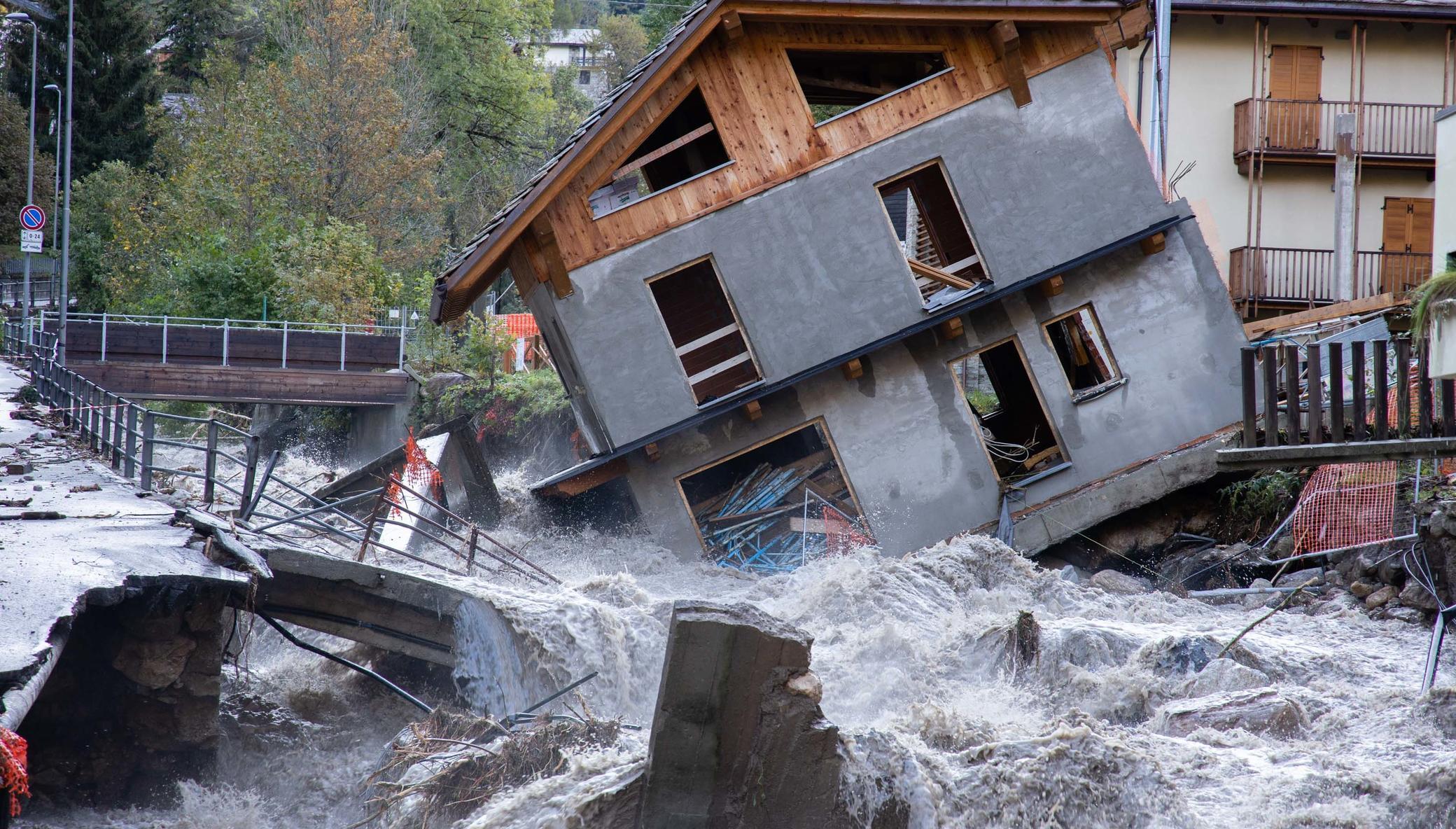 Storm Alex: help reconstruct northern Italy