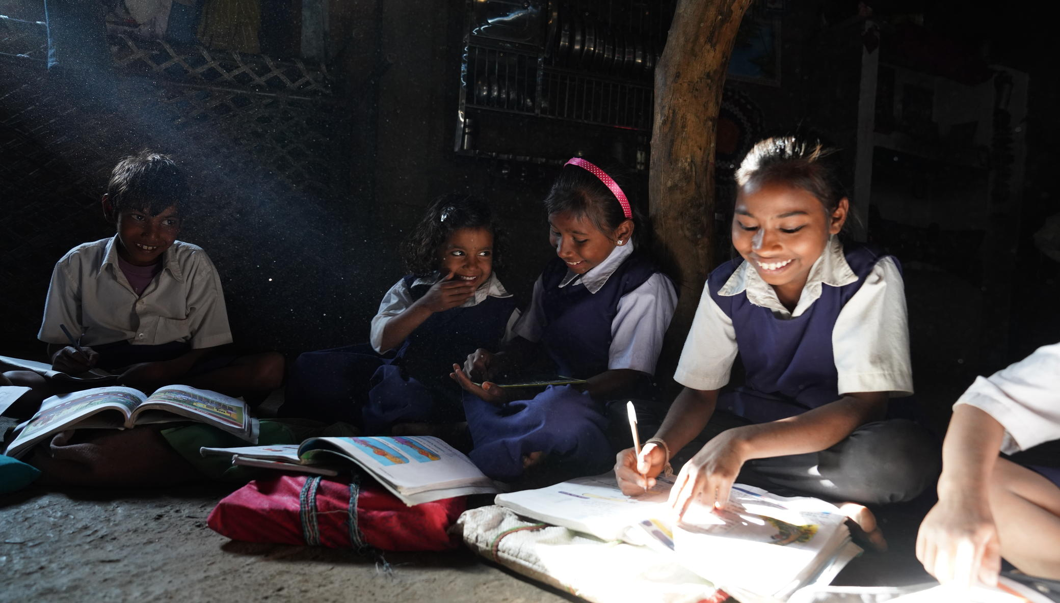 Support 9500 Girls in Rural India Go To School !