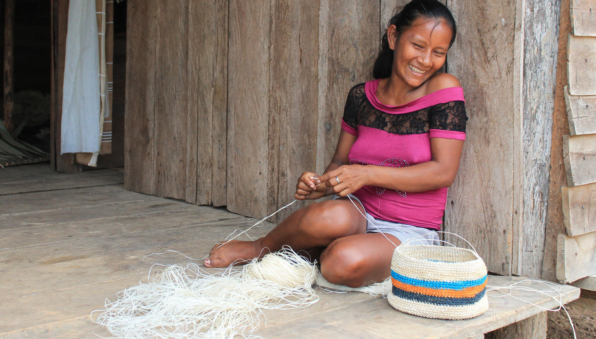 Support native artisans & rainforest in the Amazon